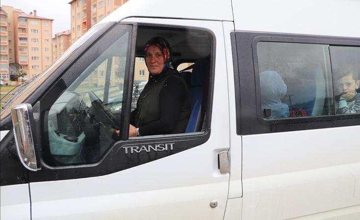 6 çocuk annesi servis şoförü