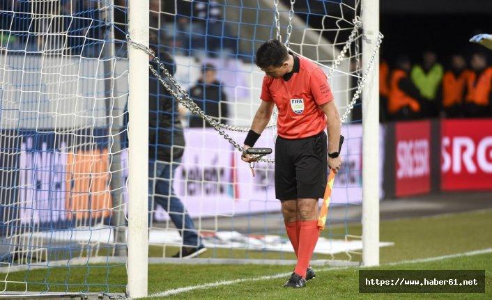 UEFA'yı zincirle protesto ettiler!