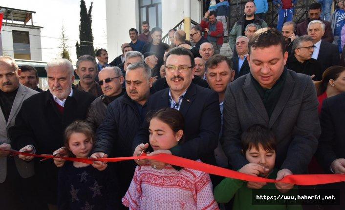 Ahmet Metin Genç Kireçhane Pazarı'nı açtı