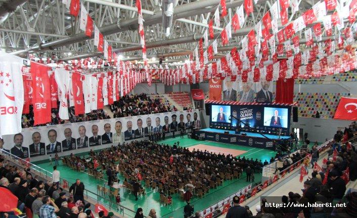 Saadet Parti Genel Başkanı Karamollaoğlu, Trabzon'da partililere sitem etti!