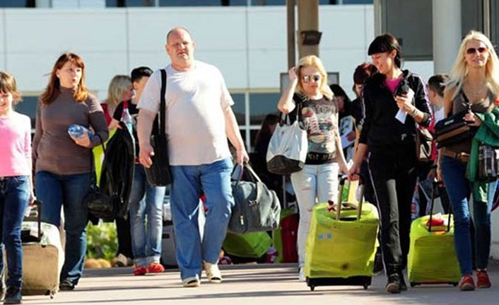 Türkiye'de Rus turist sayısı 6 milyonu geçecek