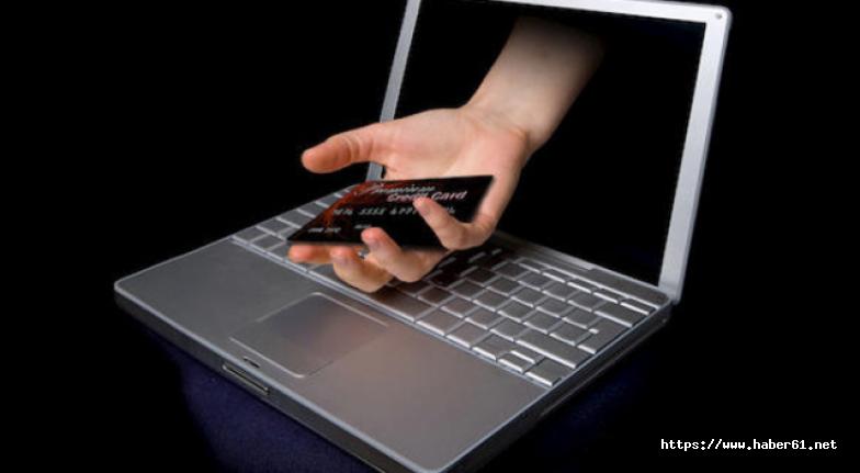 Hackerlar sosyal medyadan servet kazanıyor