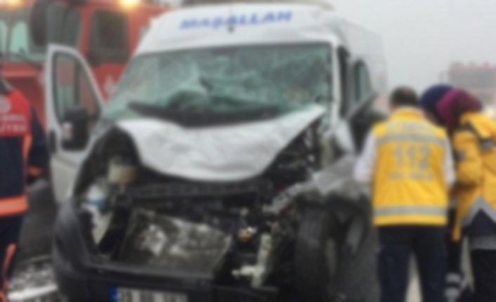 TEM Otoyolunda feci kaza: 1 ölü, 2 yaralı
