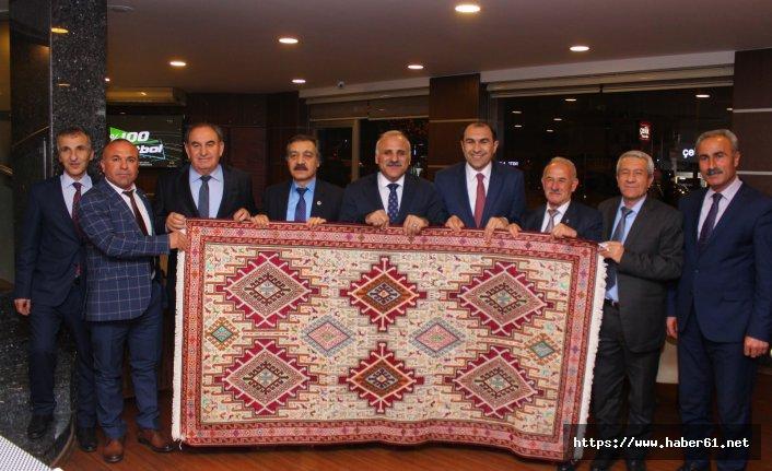 Vanlı dostları Murat Zorluoğlu'nu desteklemeye geldi