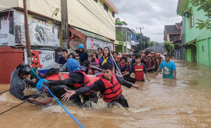 Endonezya'nın Papua eyaletinde sel: 70 ölü
