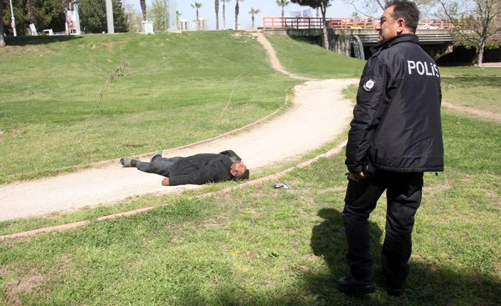 Polisin insan nöbeti