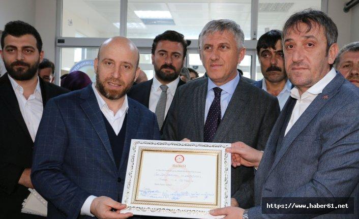 Of Belediye Başkanı Sarıalioğlu mazbatasını aldı