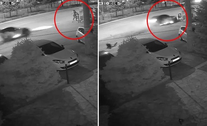 Sürücü otobüs durağına daldı: 3 yaralı
