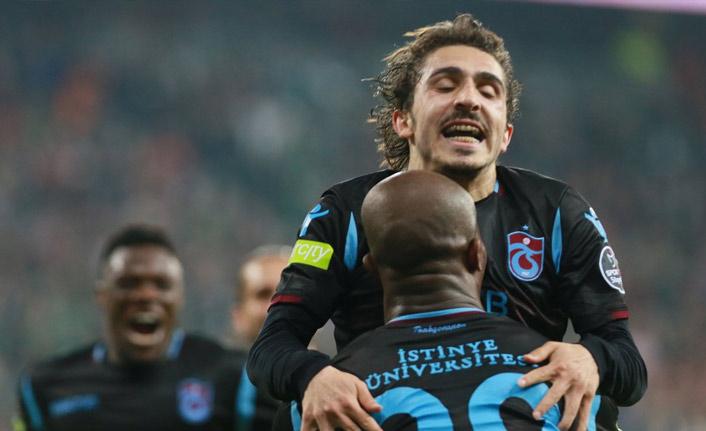 Trabzonspor'dan Bursa'da kritik galibiyet