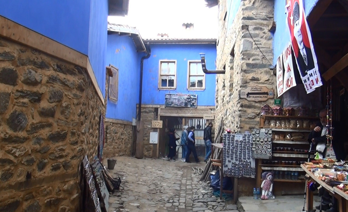 Dünyanın en dar sokaklarından biri Bursa'da!
