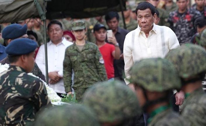 Filipinler'den Kanada'ya savaş tehdidi