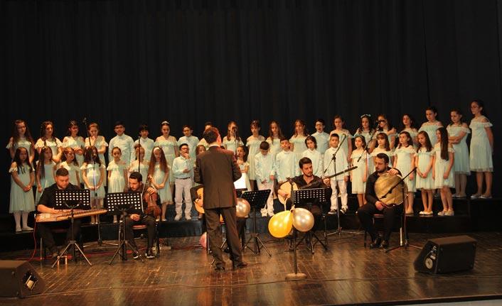 Trabzon'da muhteşem 23 Nisan konseri
