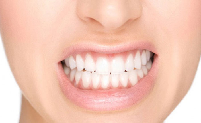 Fazla stres gece uykuda diş sıkmaya sebep oluyor