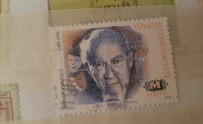 Yıllardır biriktirdiği pulları hırsızlar çaldı