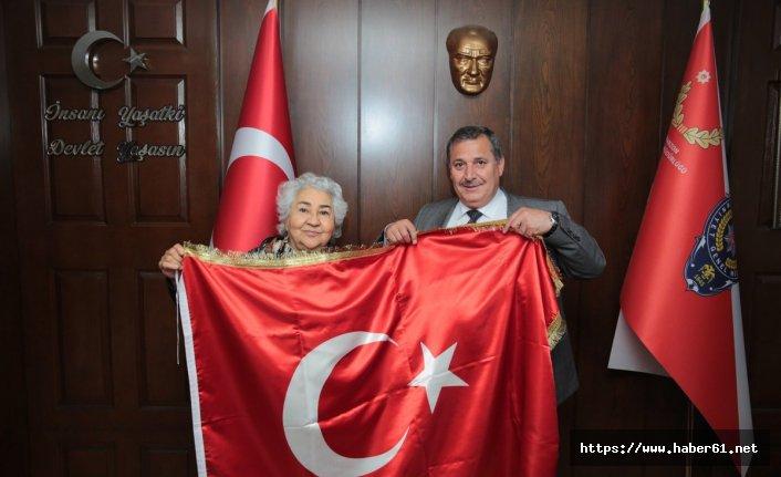 Bayrak Ana'dan Çevik'e ziyaret