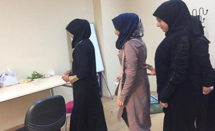Suriye'den kaçan 5 genç kız yakalandı!
