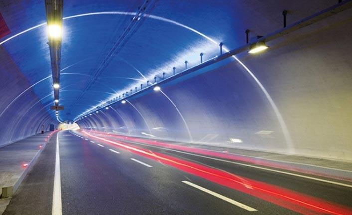 Trabzon'da Akyazı tünelinde çalışma