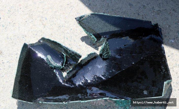 Gündüz vakti arabanın camını kırıp, çantayı çaldılar
