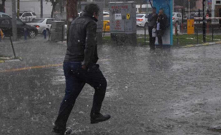 İstanbul için sağanak uyarısı!