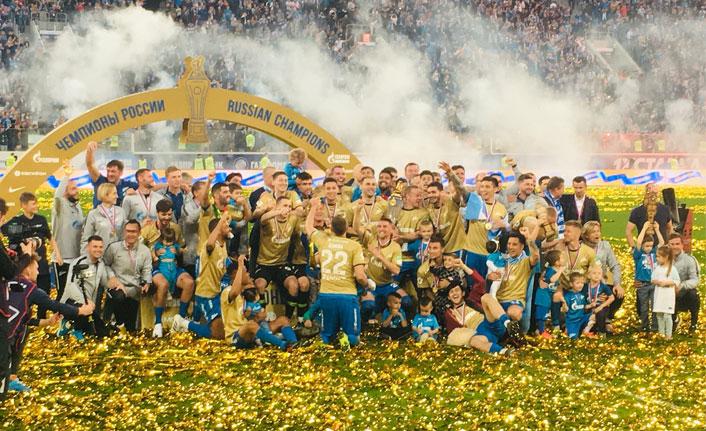 Rusya şampiyonu Zenit kupasını aldı