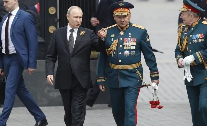 Putin'den orduya S-400 talimatı!
