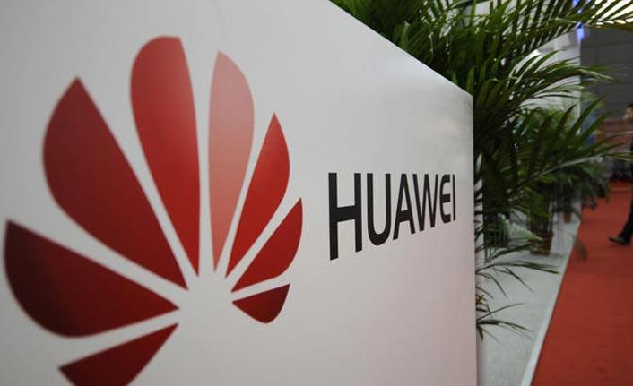 ABD Huawei kararını erteledi