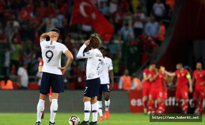 Trabzonspor'dan Milli takıma kutlama