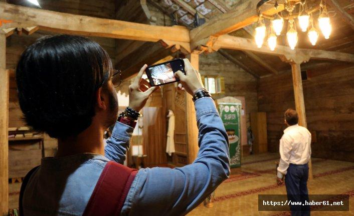 Yıllara meydan okuyan çivisiz caminin inanılmaz gizemi