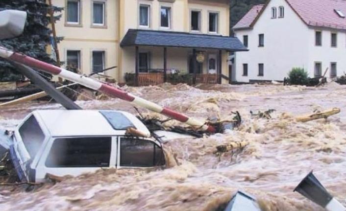 Çin'de sel 2 milyon kişiyi etkiledi