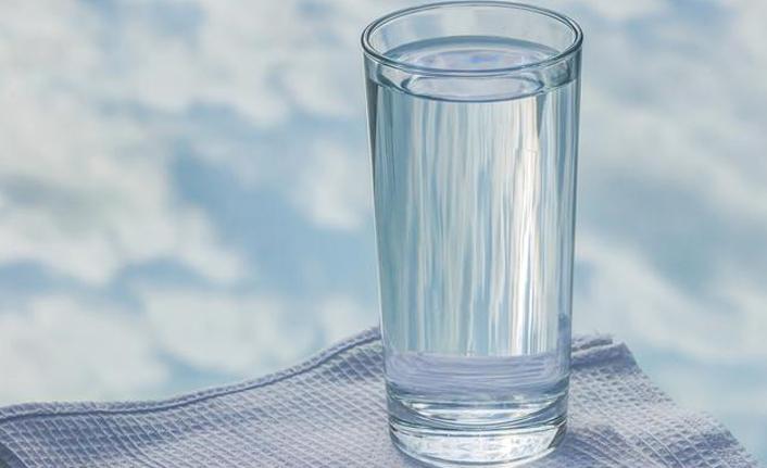 Baş ağrılarının başlıca sebebi susuzluk