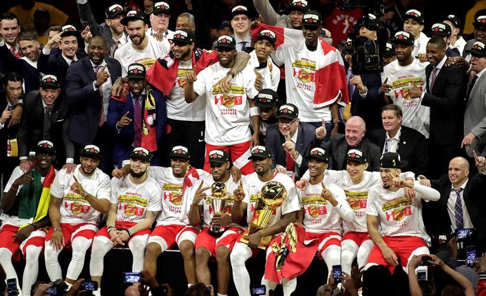 Raptors, tarihinde ilk kez şampiyon oldu!