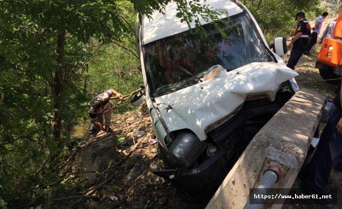 Artvin'de trafik kazası! ölü ve yaralılar var!