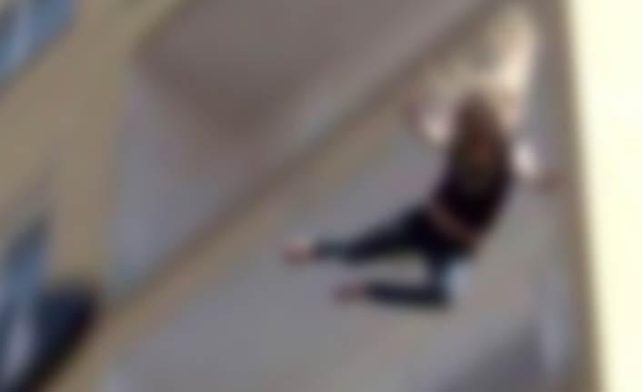 Genç kız ölüme atladı