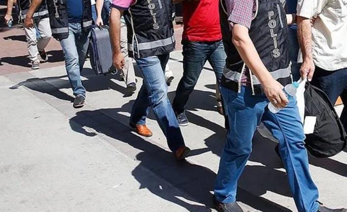 4 ilde FETÖ operasyonu: 33 gözaltı