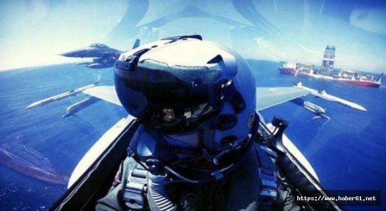 Türk F-16'ları Yavuz'a eşlik etti