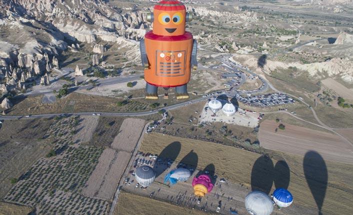 Festival balonları son kez uçtu