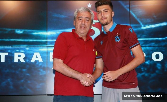 Trabzonspor'dan bir transfer daha! Genç isim sözleşme imzalandı