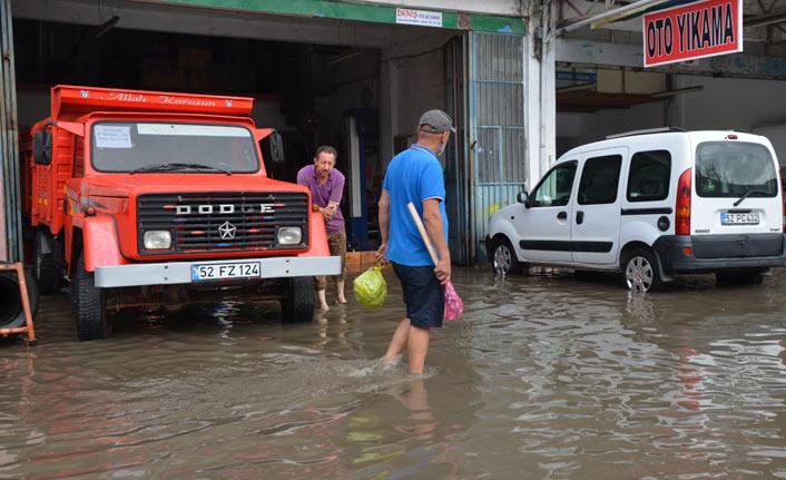 Sağanak yağış Ordu'yu vurdu | Ordu Haberleri