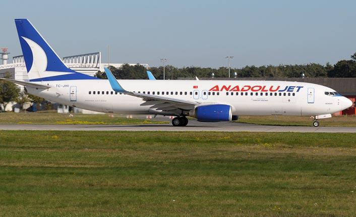 Anadolu Jet Trabzon Uçağı Ankara'ya acil iniş yaptı