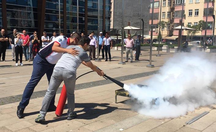 Ordu'da Belediye personellerine yangın eğitimi