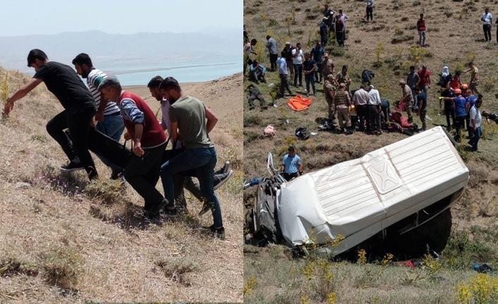 Son dakika! Van'da yolcu minibüsü takla attı, çok sayıda ölü var | Van Haberleri