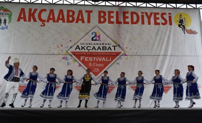 29. Uluslararası Akçaabat Müzik ve Halk Oyunları Festivali devam etti