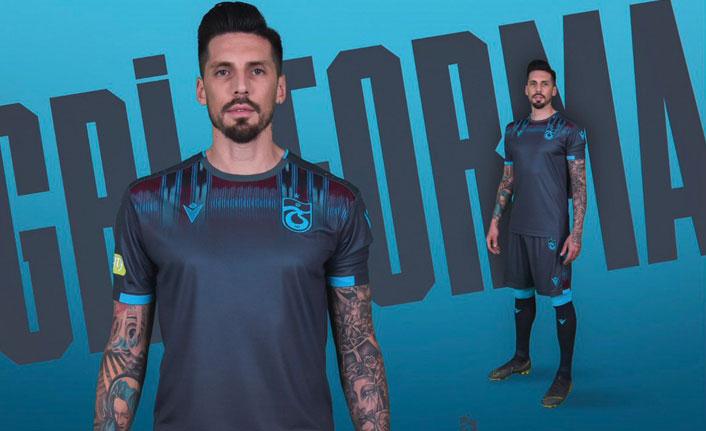 Trabzonspor'un yeni çıkardığı gri formanın fiyatı ne kadar?