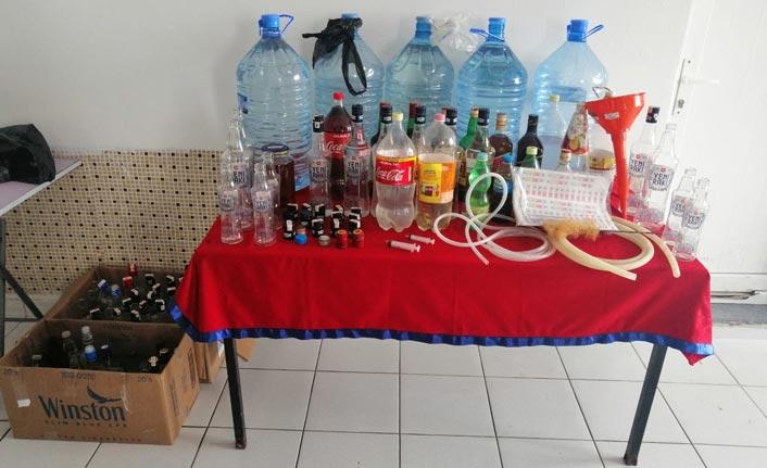 Kaçak içki üretimine baskın: 2 yabancıya gözaltı