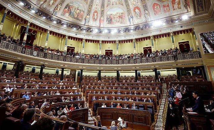 İspanya'da sol hükümet güvenoyu alamadı