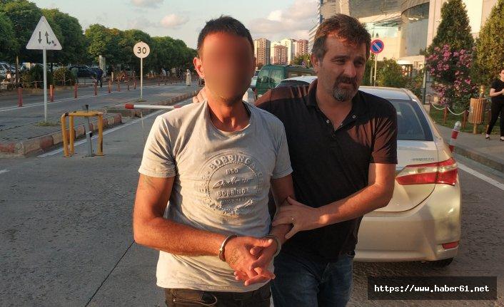 Uyuşturucu karşıtı gözüküyordu uyuşturucudan yakalandı