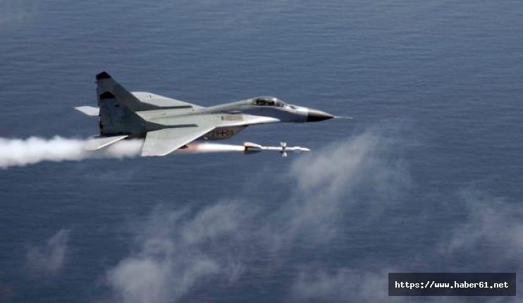 Rusya'dan Hindistan'a bin füze