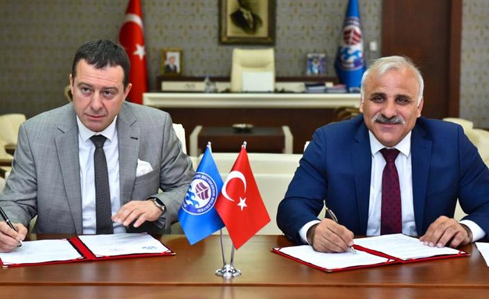 Trabzon BŞB kanser taraması için araç tahsis etti