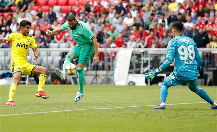Fenerbahçe Real Madrid'e yenildi, sonuncu oldu - Benzema'dan resital!