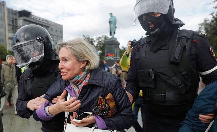Moskova protestolarında gözaltı sayısı artıyor